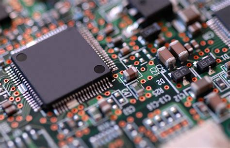 suppose a transistor on an integrated circuit chip were 2 microns in size transistors the world of modern electrons eagle
