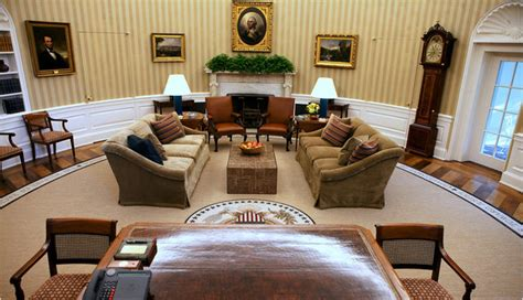 oval office redecoration grandfather clock kept as oval office redesigned at 1 800