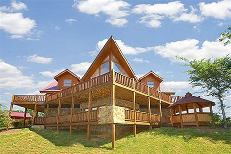 Cabin Vacation Packages 449 Summer Vacation In A 2 Bedroom Cabin In Gatlinburg