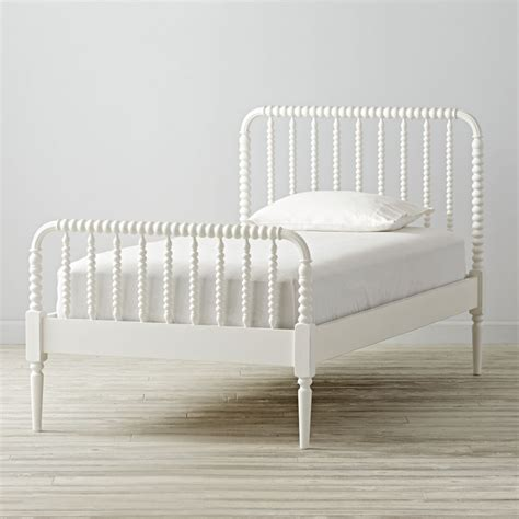 jenny lind queen bed full jenny lind white bed the land of nod