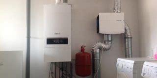 verwarming badkamer warmtepomp voor uw badkamer duurzame energie vloerverwarming