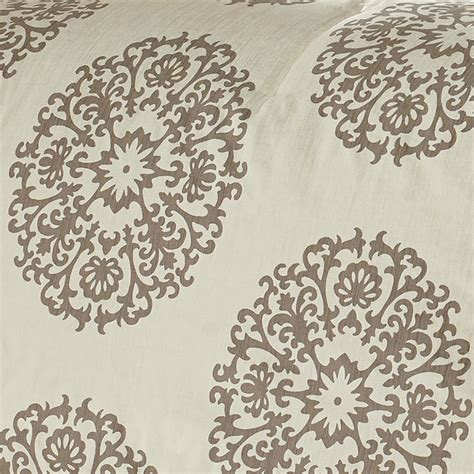 medallion bedding stone cottage medallion bedding collection from beddingstyle com