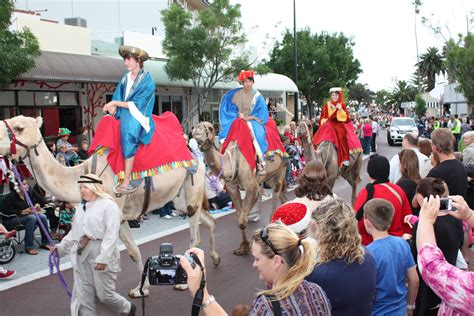 mandurah community christmas pageant and celebrations 2012