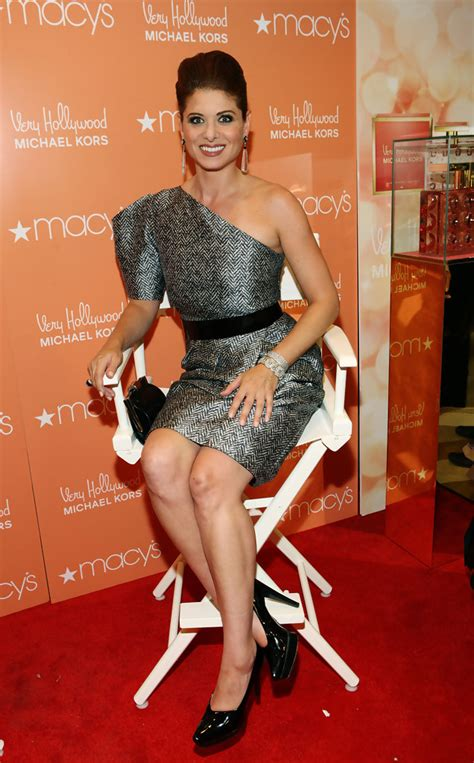 Style Debra Messing Fabsugar Want Need by More Pics Of Debra Messing Platform Pumps 1 Of 17
