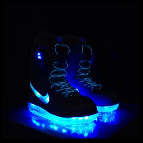 light up snowboard boots nike neon powered snowboard boots light up the slopes