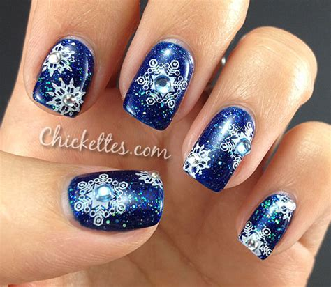 snowflake pattern on nails polish days manicure snowflakes n glitter chickettes
