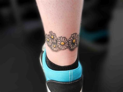 daisy chain ankle tattoo designs a chain for tattoos