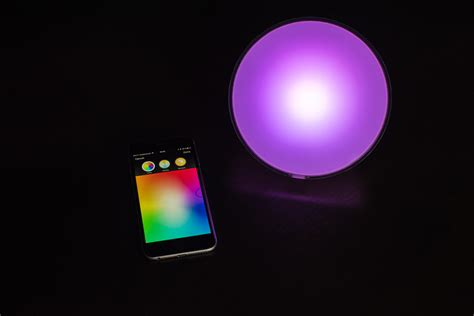 philips hue light hack philips hue smart bulbs can be hacked from 200 yards