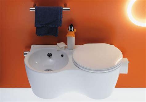 arredo piccolo bagno arredamento salvaspazio per il bagno contemporaneo stanza