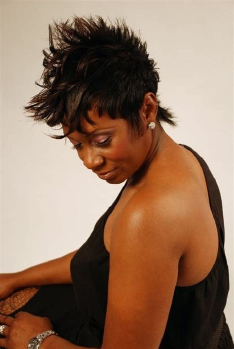 short hairstyles for women over 50 with high forhead and cowlick modest short hairstyles for black women above 50