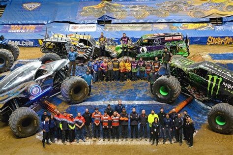 how long is monster truck jam more monster jam 2015 monster trucks wiki fandom