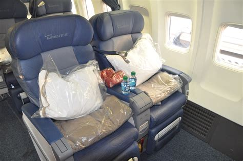 delta upgrade from economy comfort to business class delta upgrades businesselite and economy comfort transcon