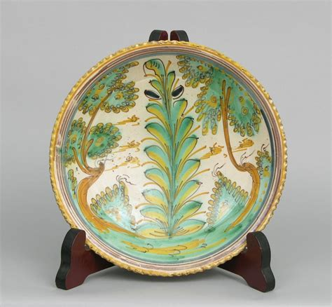 Antiques Decorative An 18th Century Spanish Talavera Charger 11 17 06 Sold 805
