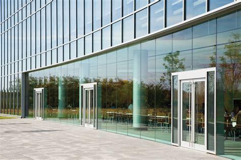 kawneer curtain wall 1600 wall system 1 curtain wall captured 2 1 2
