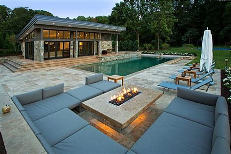 20 Modern Fire Pits That Will Ignite The Style Of Your Contemporary Firepit
