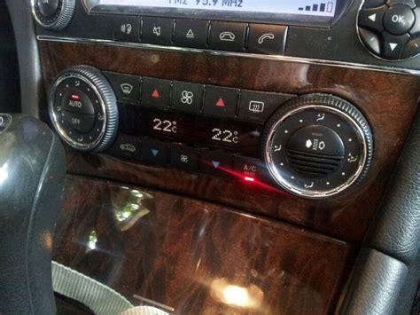 Feuchtigkeit Im Auto Geruch by Muffiger Geruch Aus Der L 252 Ftung