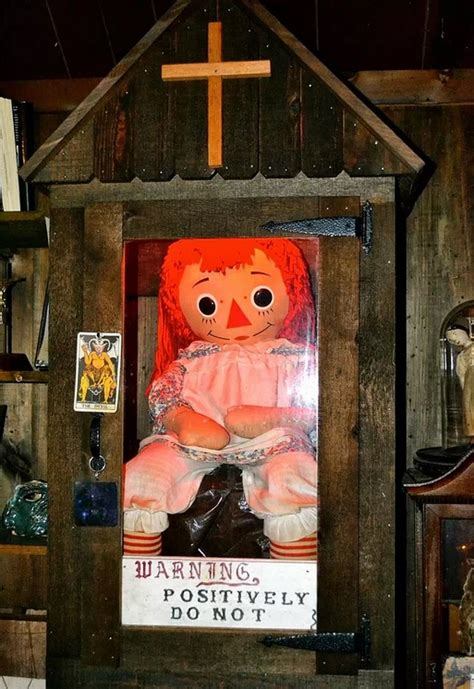 annabelle doll wallpaper annabelle doll warren occult museum the real deal images