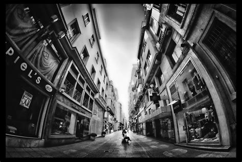 distorsion en las calles santander  todos los