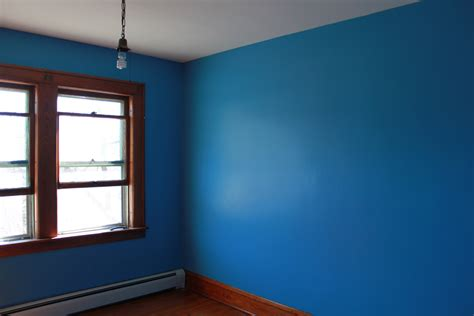 painted walls painting alligatoring paint and plaster walls blue