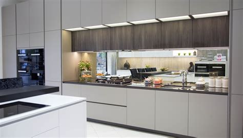 ex display designer kitchens for sale ex display designer click the above image to enlarge ex display office