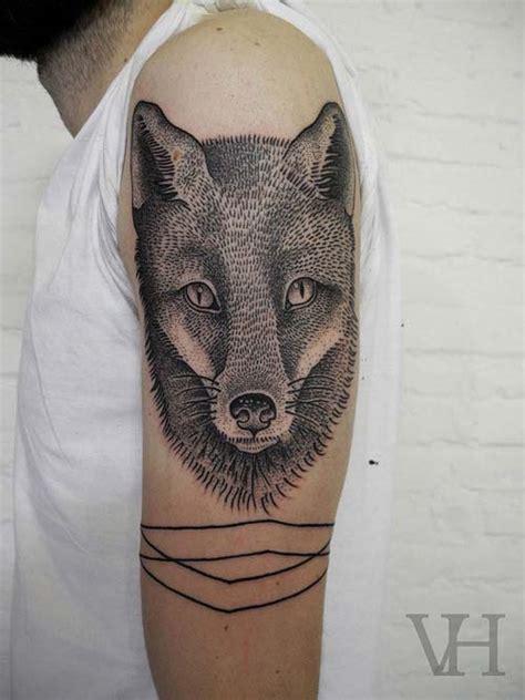 tatouage t 234 te de loup et ligne inkage