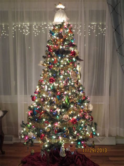 multi color christmas tree decorations tree decorating ideas with multi colored lights billingsblessingbags org