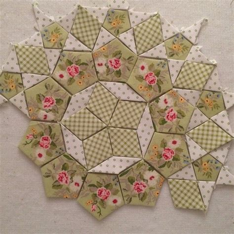 paper pattern english 1000 ideas about english paper piecing on pinterest