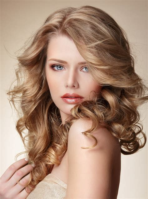 beautiful hairstyles design latest blond hair color trends goldwell color brton