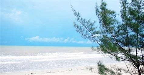 pantai muara kintap destinasi favorit  tanah laut