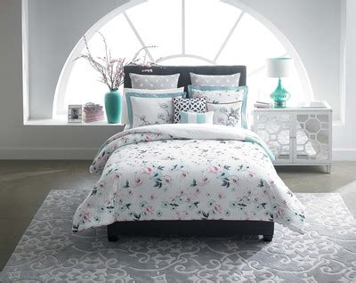 cynthia rowley home decor collection belk and cynthia rowley bring modern southern style into the home with exclusive new collection