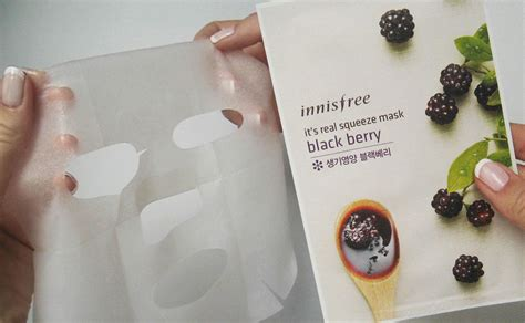 Innisfree Real Mask review innisfree it s real squeeze mask blackberry sheet