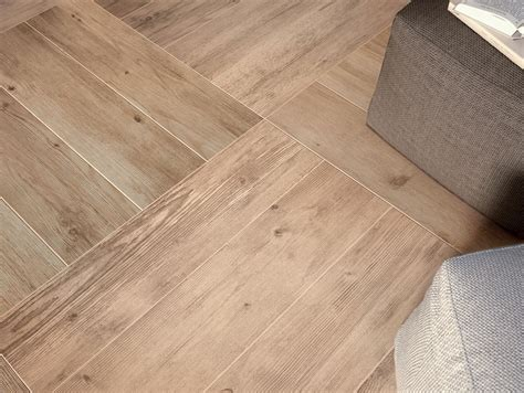 bodenfliesen keramik wood look tiles