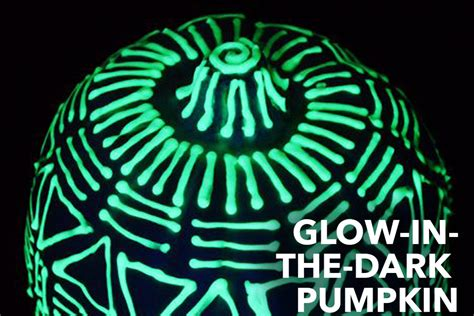 glow in the paint on pumpkins glow in the pumpkin diy easy pumpkin ideas
