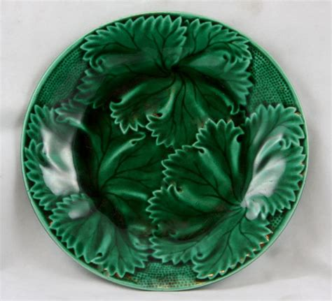 Leaf Plates 1 wedgwood majolica leaf plate 1 for sale antiques classifieds