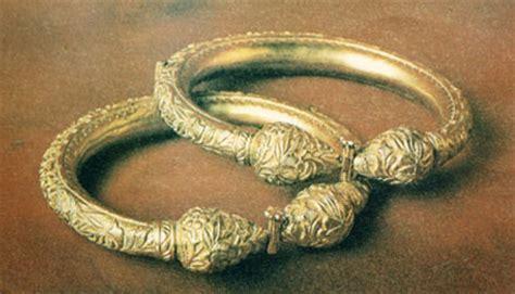 Gelang Tali Arus Emas pakaian dan perhiasan tradisional negeri kedah perhiasan