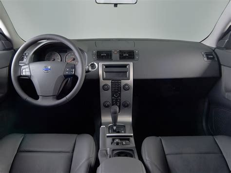 volvo  reviews research  prices specs motortrend