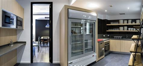Basic Kitchen Designs by Best Hostel In Madrid Visit U Hostels Madrid
