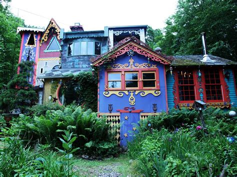 bizarre houses celebrating the unusual with hgtv s home strange home