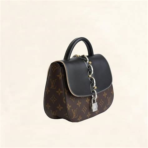louis vuitton monogram chain  bag pm  collectory