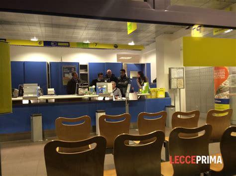 ufficio postale via carducci irrompono nelle poste armati di taglierino malviventi