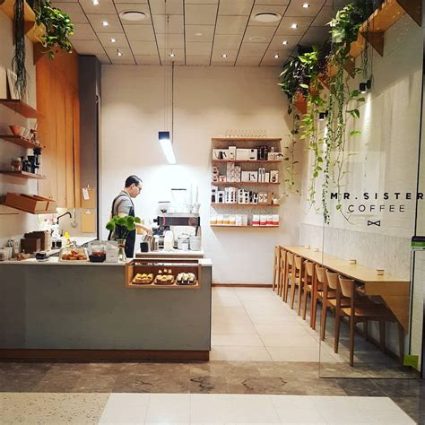 design coffee shop mr sister coffee c 224 ph 234 đẹp pinterest coffee store