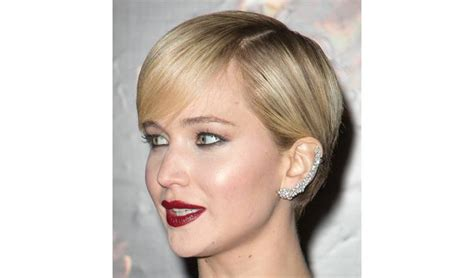 stud hairstyles earrings for short hair