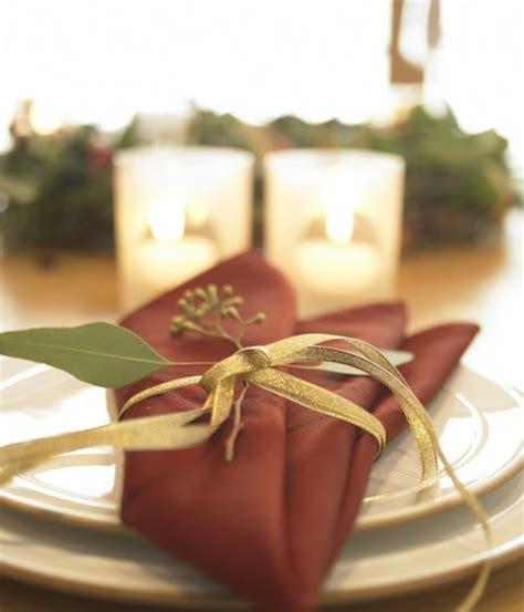 Schöne Deko Zu Weihnachten by Servietten Falten Weihnachten Deko Ideen Archzine Net