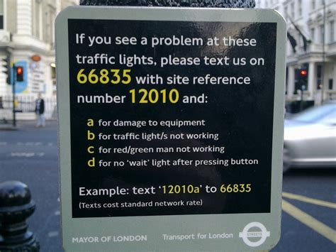 report a traffic light problem great use of sms to report faulty traffic lights in london