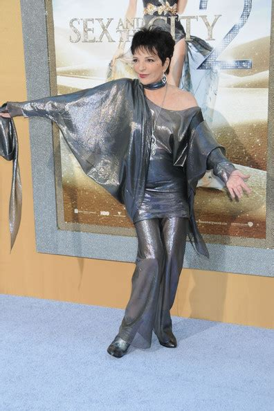 Liza Minelli Needs A New Stylist by Liza Minnelli Pantsuit Liza Minnelli Looks Stylebistro