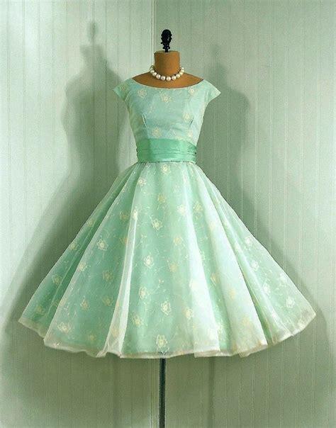 modee kleider vintage kleider aus den verschiedenen dekaden des 20 jh