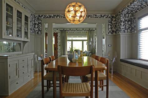 houzz bold wallpaper kicks   century  craftsman