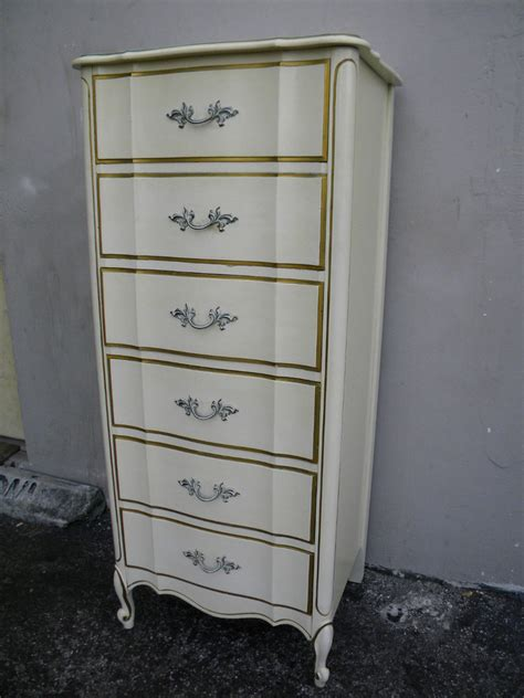 Vintage Provincial Style 60s 70s Dressers Mirror Nightstands For Sale In Howell Hey There I Am Currently In Search For Specific Provincial Pieces M My Antique