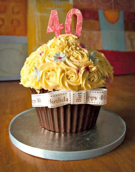 birthday cakes women ideas  pinterest cakes   birthday  birthday cake