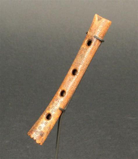 imagenes de instrumentos musicales flauta quena de hueso museo chileno de arte precolombino museo